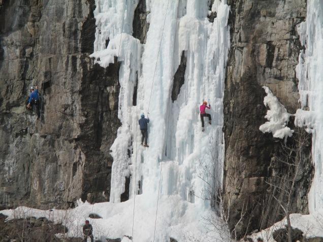 Quarry Park ice climbers 007