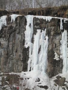 Quarry Park ice climbers 008